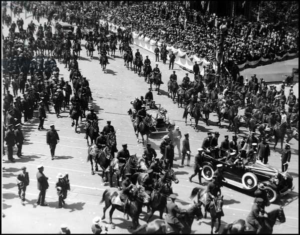 """New York City (NY) USA June 13, 1927: During the """"Ticket Party"""" in honour of Colonel Charles Lindbergh (1902-1974) who has just completed the first transatlantic flight, the cortege arrived at Madison Square Park on Broadway"""