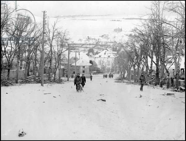 Second World War (1939-1945): Battle of the Ardennes. Liberation de Wiltz (Luxembourg) 22 January 1945. View of the city after its reconquest by soldiers of the 101st R.I of the 26th D.I US. Photography