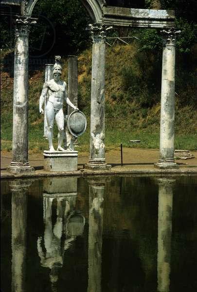 Sculpture by the fountain of Villa Adriana (Hadrian) in Tivoli, Italy.