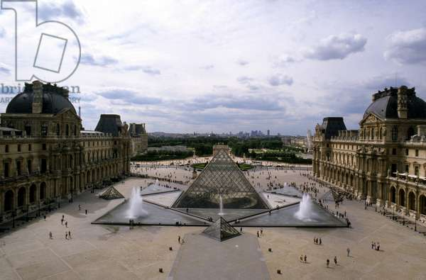 View of Louvre and the Pyramid. Paris. Architect of the pyramid: Ieoh Ming Pei