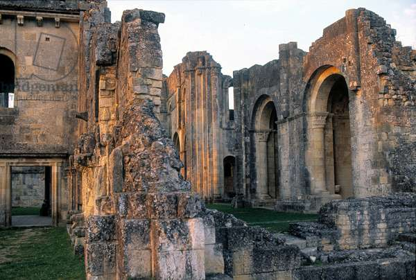 View of the ruins of the Abbey of Sauve Maggiore, built by the Benedictine monks in 1079. Gironde.