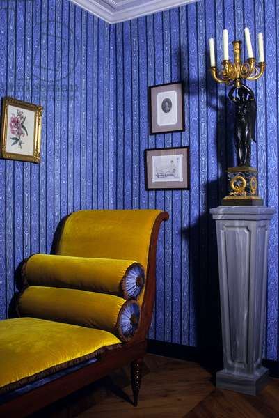 Interior of the house of Chateaubriand in Chatenay - Malabry (Hauts de Seine). The blue salon with the Meridian attributed to Jacob Freres on which Juliette Recamier dit Madame Recamier (1777-1849) placed in David's studio.