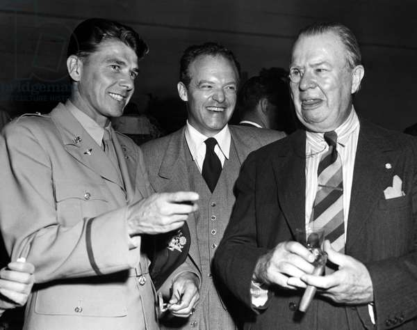 Ronald Reagan, Van Heflin, Charles Coburn at Ken Murray's BLACKOUTS, 1945
