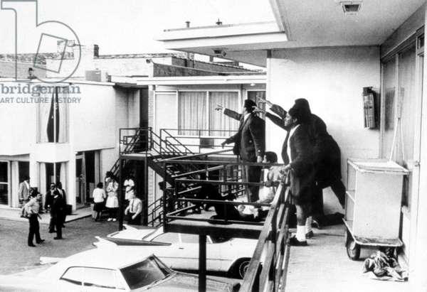 MARTIN LUTHER KING, JR assassination, 1968.