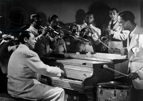 Duke Ellington and his Famous Orchestra perfom. 1945
