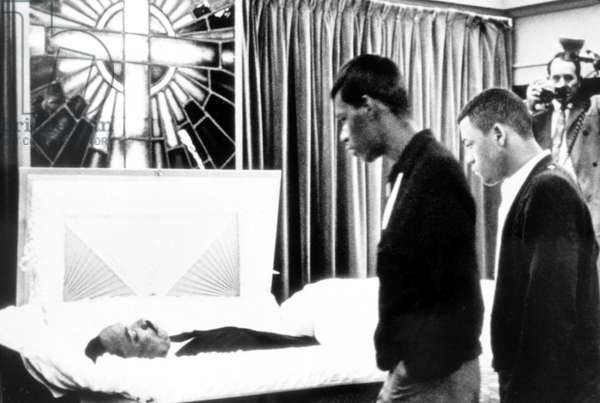 MARTIN LUTHER KING, JR, funeral, Memphis, TN, 04-05-1968.