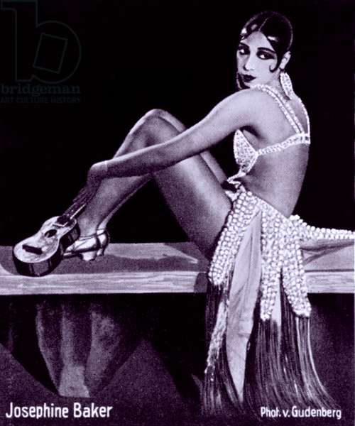 Josephine Baker (1906-1975), African American dancer and actress in a seductive pose. c. 1920's
