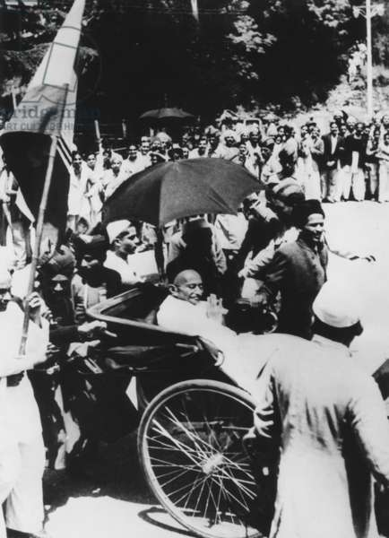 Mahatma Gandhi seated in a carriage to call on Viceroy Lord Wavell prior to the Simla Conference. July 1945. Gandhi was not a delegate to the conference, but the Indian National Congress was represented by Maulana Azad. The Conference ended in deadlock because of Hindu and Muslim differences