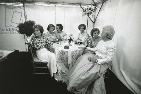 National Garden Gala, 'A Tribute to America's First Ladies' at the U.S. Botanical Garden. May 11, 1994