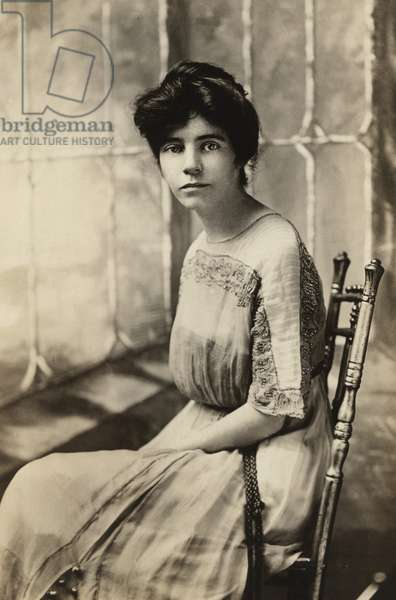 Alice Paul (1885-1977), protested with British women's suffrage advocates before becoming chairman of the Congressional Committee of the militant National American Woman Suffrage Association in 1913. In 1917 it merged with the Woman's Party to form the National Woman's Party