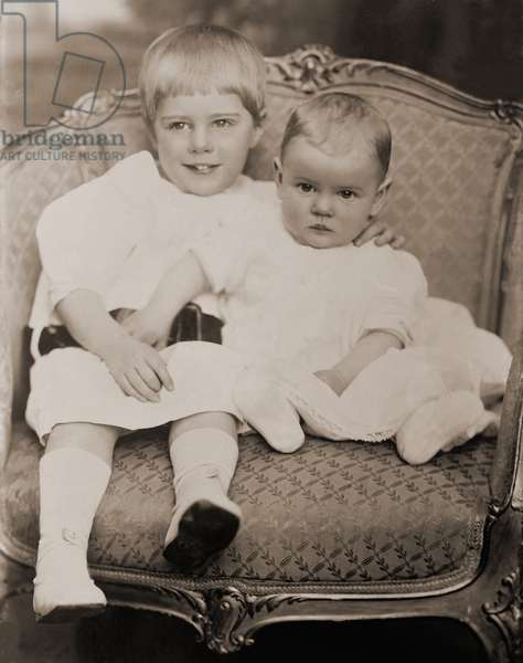 Ethel Barrymore (1879-1959), was married to Russell Griswold Colt (1883–1959) from 1909-1923. Photo shows their first two children, Samuel Colt (1909-1986) and Ethel Barrymore Colt (1912–1977)