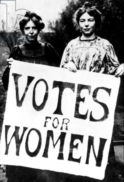 Annie Kenney and Christabel Pankhurst with a 'Votes for Women' placard, c. 1908 (b/w photo)