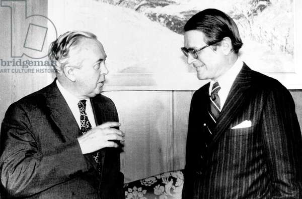 British Prime Minister Harold Wilson and Elliot Richardson, U.S. Ambassador to the United Kingdom, London, March 5, 1975.