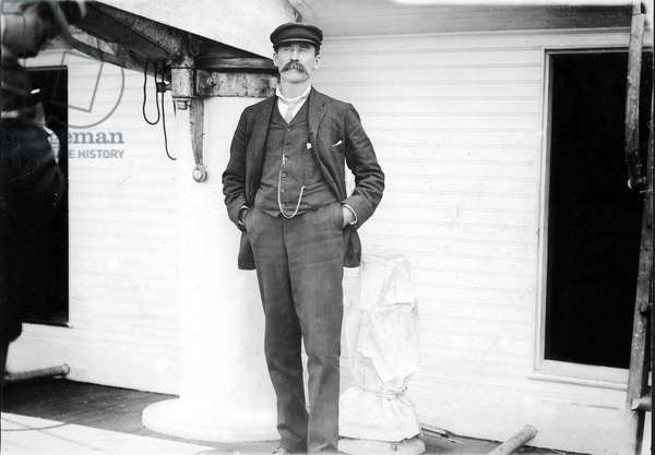 ROBERT E. PEARY-Commander of the expedition to the North Pole, (1902-1905).