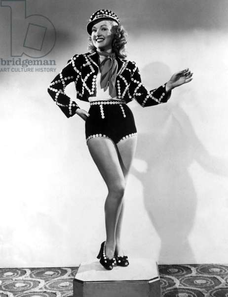 BETTY GRABLE shortly after being voted #1 Pin-Up, 7/23/43