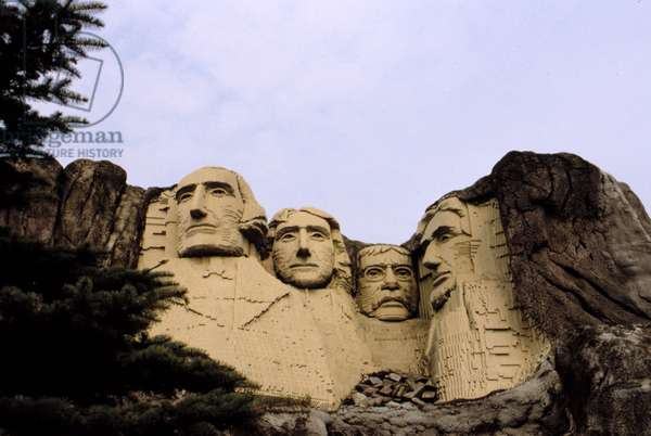 MOUNT RUSHMORE, made out of Legos in LEGOLAND
