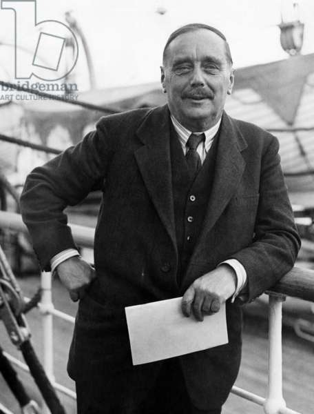 Author H.G. Wells, onboard the Acquitania on arrival in New York, October 13, 1931