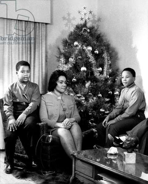 Dexter King, Coretta Scott King, Martin Luther King III prepare for their first Christmas after the assassination of Martin Luther King Jr., 12/23/68