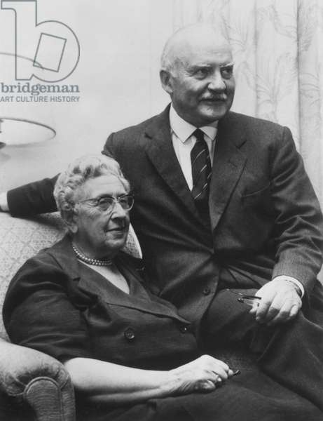 Dame Agatha Christie & husband Sir Max Mallowan in 1975.