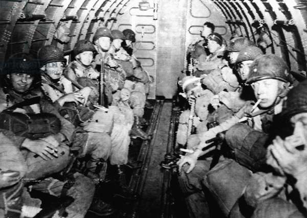 D-DAY, American Paratroopers flying over the English Channel enroute to the Normandy Invasion, 06/06/44