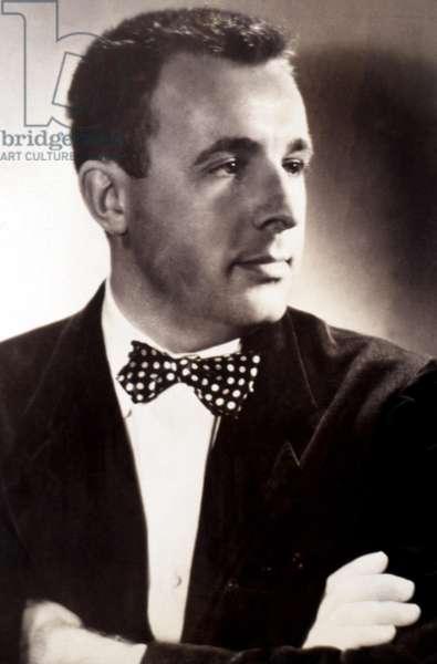 Ray Bradbury, American science fiction, fantasy and horror writer, c.1950