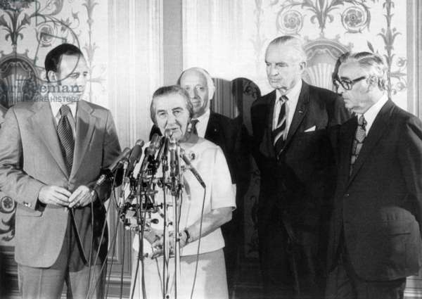 Israeli Prime Minister Golda Meir at a press conference after assuring US Senators that Israel neither wanted nor needed American troops. Behind Meir, from left: Senators Charles Goodell, Jacob Javits, Stuart Symington, Abraham Ribicoff, Washington DC, September 18, 1970