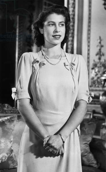 British Royalty. Future Queen of England Princess Elizabeth in the White Drawing Room of Buckingham Palace, London, England, 1947