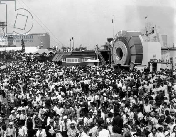 Crowds at the World's Fair, Chicago, Illinois, 1934.