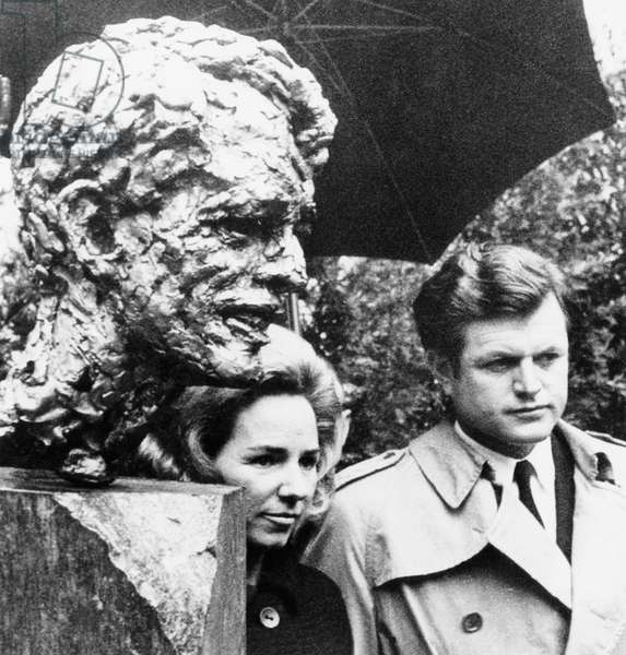 From left, Ethel Kennedy, Senator Edward Kennedy, at unveiling of bronze bust of Robert Kennedy (by Robert Berks), Washington, January 18, 1969,