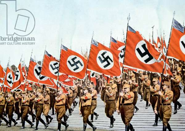 Nazi Germany, Entrance of the Nazi flagbearers at the Party Day rally in Nuremberg, 1933 (photo)