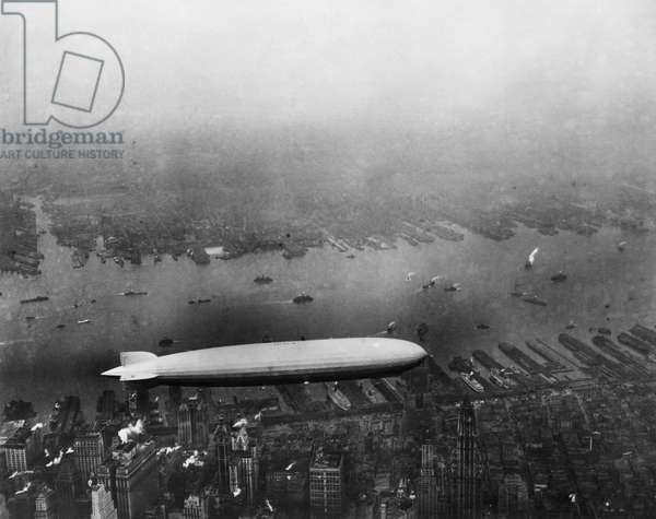The LZ 129 Graf Zeppelin, over Manhattan, New York City, June 5, 1931