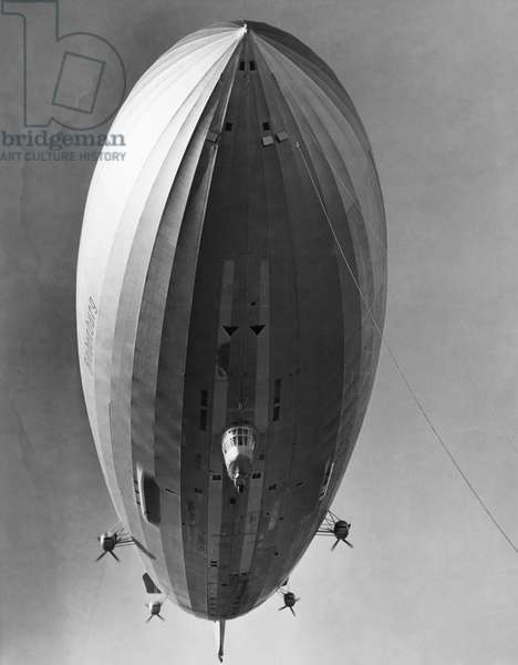 The LZ 129 Hindenburg, just before landing in Lakehurst, New Jersey, c.May 20, 1936