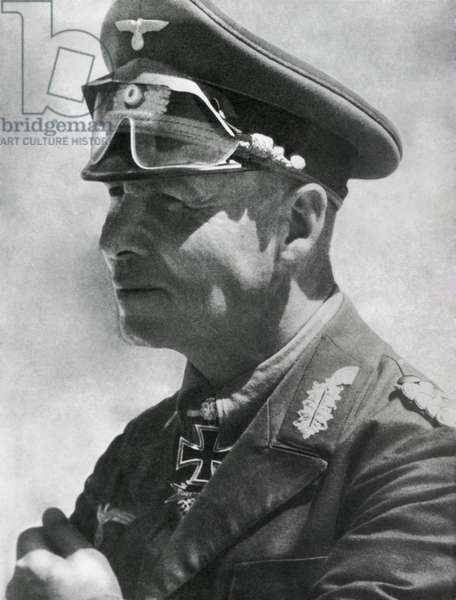 Field Marshal Erwin Rommel in North Africa, Jan. 1942. He wears his Knight's Cross of the Iron Cross with Oak Leaves and Swords. World War 2