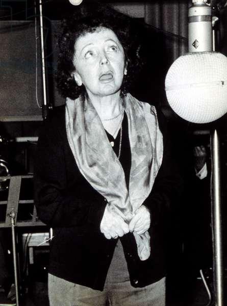 EDITH PIAF (1915-1963)Recording in Paris, 2/1/62