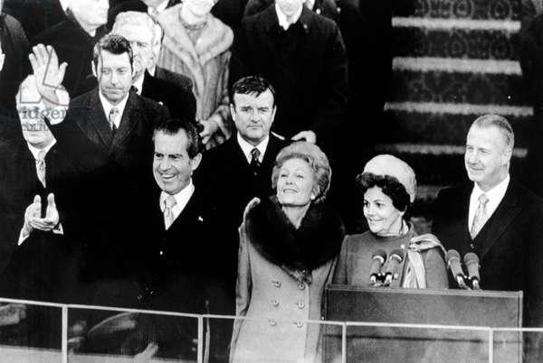 Richard Nixon waves to crowd at inaugural celebration, 01-20-1973.
