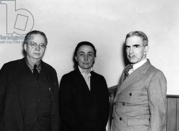 Mahonri Young, artist, Georgia O'Keeffe, artist, and George W. Eggers, Head of the Department of Fine Arts, College of City of New York. New York, c.1930s
