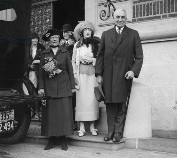 President-elect Warren Harding with his wife, Florence (left), and Evalyn Walsh McLean. Florence was best friends with Evalyn, who was married to the owner of the WASHINGTON POST, Ned McLean, and mistress of the Hope Diamond. Nov. 1920 to February 1921