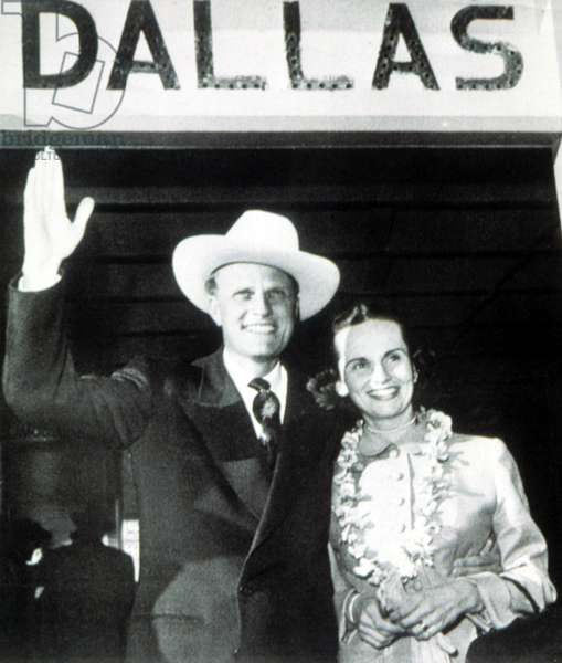 Billy Graham greeted by wife, Ruth, on return from Korea, 1/9/53 at Love Field, Dallas