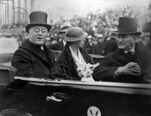 President Franklin and Eleanor Roosevelt in 1933 Inaugural procession