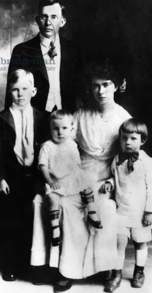 Frank Nixon, Hannah Nixon, with their three sons, from left: Harold Nixon, Donald Nixon, future U.S. President Richard Nixon, c. 1920.