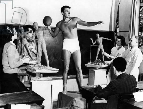 Ronald Reagan posing for a sculpture class, 1940