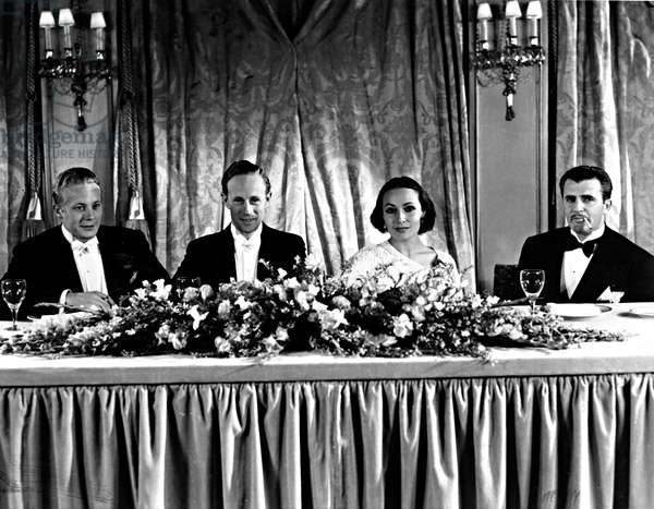 ACADEMY AWARDS, 3/16/34, (L-R), Gene Raymond, Leslie Howard, Dolores Del Rio, Cedric Gibbons, at the Hotel Ambassador