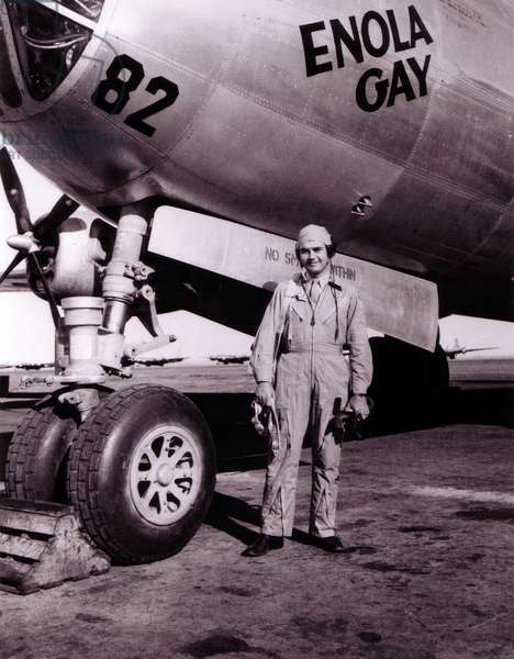 Colonel Paul Tibbets in front of the Enola Gay, ROSWELL ARMY AIR FIELD, New Mexico 1945