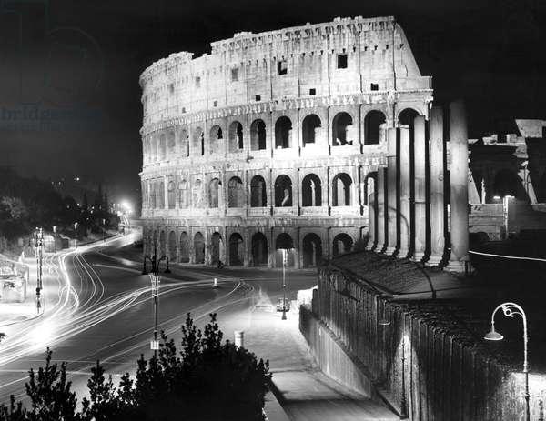 Destinations: Rome-The Coliseum