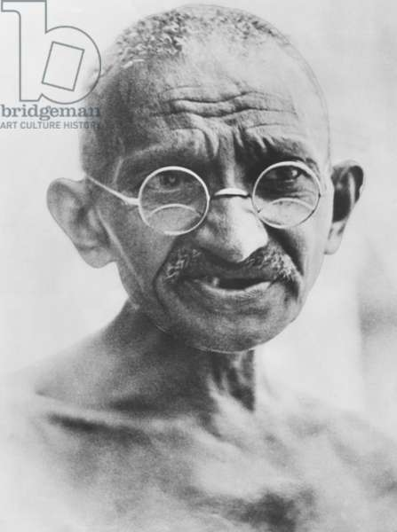 Mahatma Gandhi, traveling to the 1931 Round Table Conference in London. Gandhi attended as the representative of the Indian National Congress, the largest public organization of the Indian Independence Movement