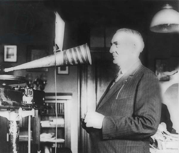 President Warren G. Harding (1865-1923), voice was recorded on phonograph records in the government archives. Harding called himself the blovinator, and his voice was admired, but critics characterized his speeches as pompous and vacuous. 1922