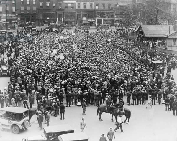 Final public protests against execution of Sacco and Vanzetti at New York City's Union Square on August 23, 1927. Many believed the jury convicted the men because of Sacco and Vanzetti's anarchist associations. August 23, 1927