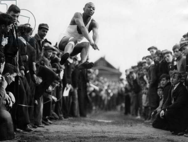Jesse Owens (1913-1980), American athlete and winner of four gold medals in the 1936 Summer Olympics. c.1930s