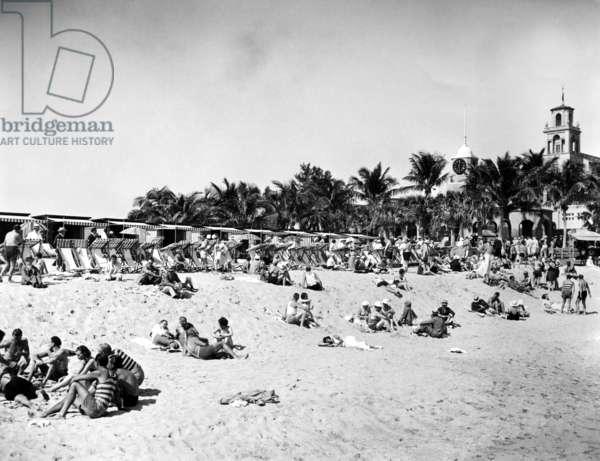 A general scene at exclusive Breaker's Beach in Palm Beach, Florida. 2/6/34.