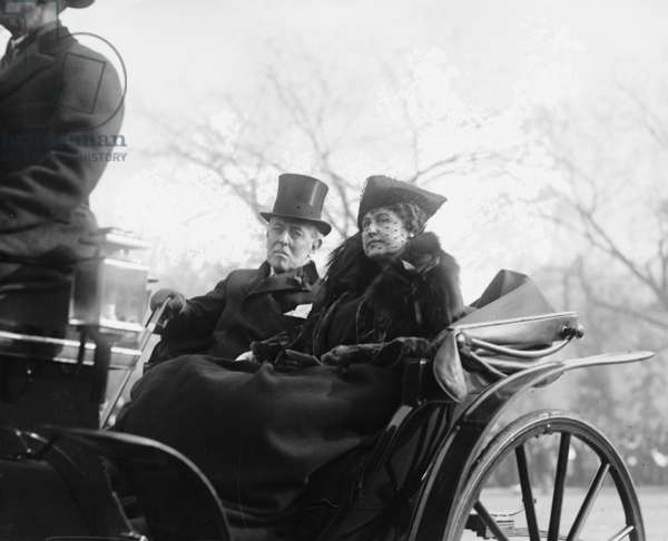 Ex-President Woodrow Wilson (1856-1924) and his second wife, Edith Bolling Galt Wilson riding in an open carriage in Washington, DC in 1921. President Wilson shows the effects of a severe stroke he suffered in October 1919
